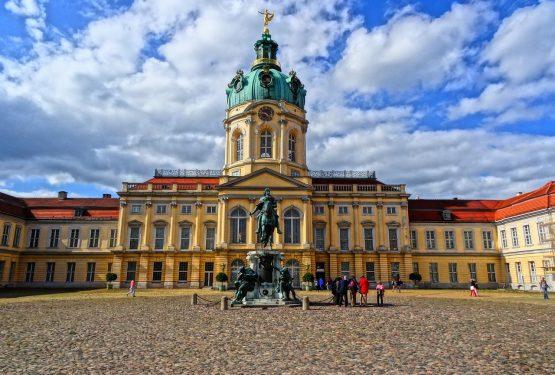40 Kumpulan Kosa Kata Bahasa Jerman dan Artinya