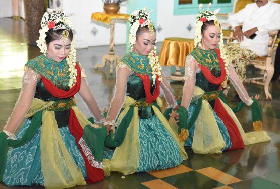 40 Kosa Kata Bahasa Bebasan Halus Cirebon dan Artinya