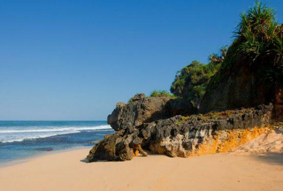 Beberapa Tempat Wisata Pantai Tersembunyi Rasa Bali Di Gunung Kidul