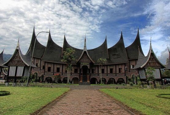 Tips Liburan ke Padang: Bahasa, Sapaan dan Tempat Favorit