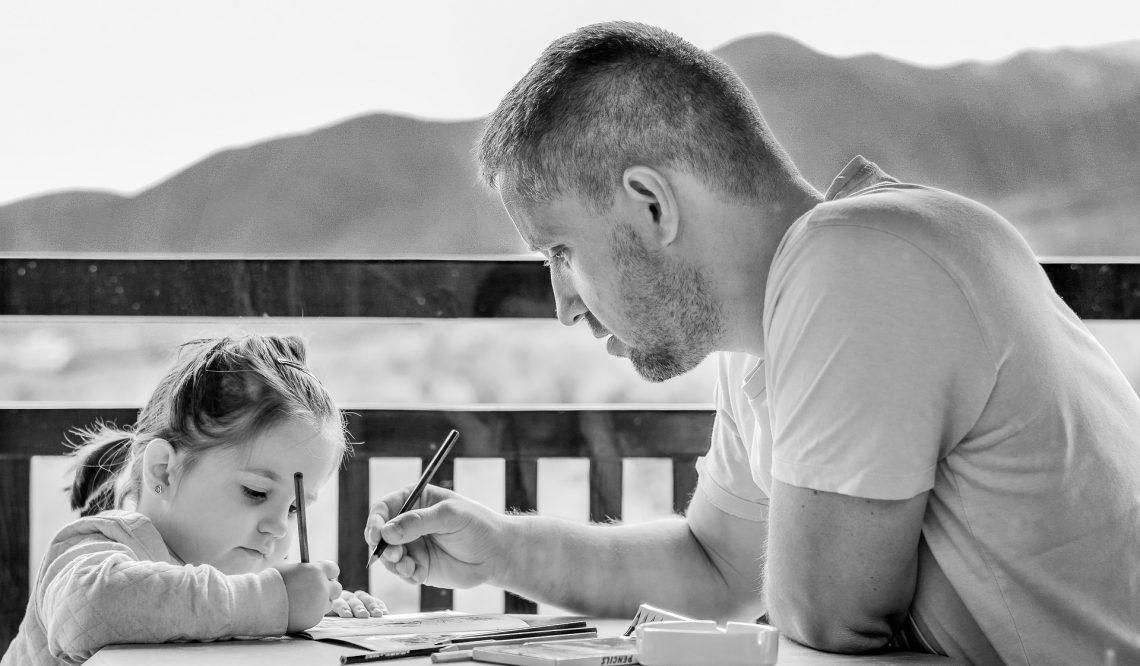 Tips Orang Tua Mengenalkan Bahasa Inggris Pada Anak Usia Dini
