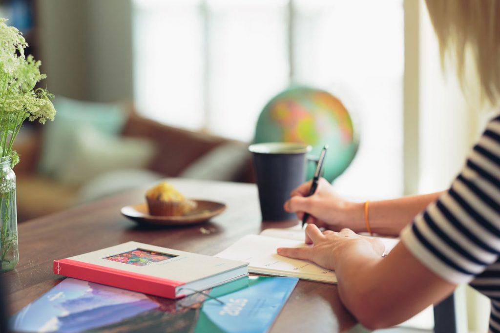 latihan bahasa inggris di rumah