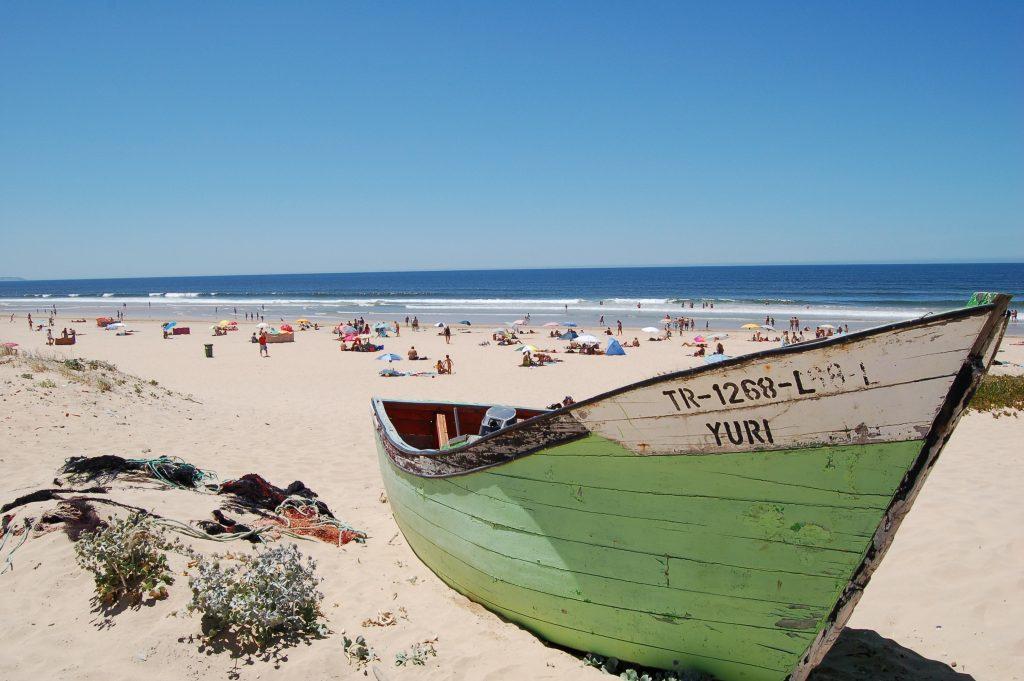 wisata pantai portugal