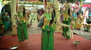 tarian tradisional banjar