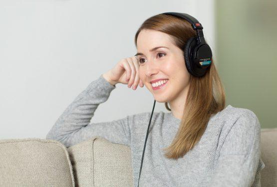 Perkuat Basic Listening Kamu Dengan Aplikasi English Listening Test
