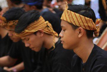 Penggunaan Bahasa Sunda Dilihat Dari Sejarahnya